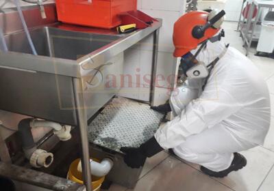Limpieza de cajas interceptoras de grasas y aceites saniseg