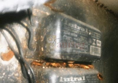 fumigacion de motor de congeladora en cocina restaurant desinsectacion fumigar saniseg